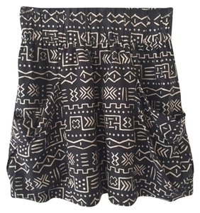 Dolce Vita Silk Mini Skirt Charcoal with cream tribal print