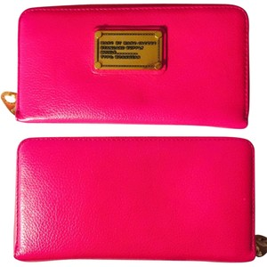 a6e9f6514a81 Marc Jacobs Marc By Marc Jacobs Pink Wallet Classic Q Slim Zip