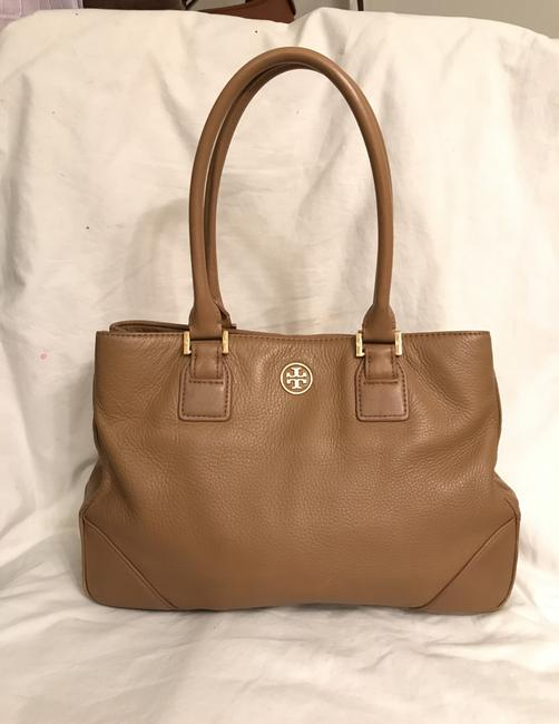 Item - Robinson Brown Beige Leather Tote