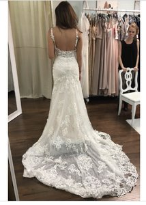 Martina Liana Ivory Lace and Tulle Over Cafe Matte-side Lustre Satin 817 Destination Wedding Dress Size 4 (S)
