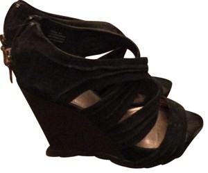 ZIGIny black Wedges