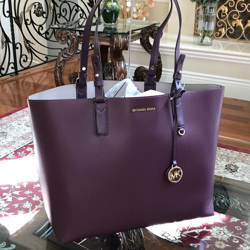 36a3d7e5e48bbb Michael Kors Reversible Leather Mother Day Gift Tote in DAMSON/MINK Image  6. 1234567