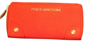 Juicy Couture Juicy Couture Saffiano Leather Zip Wallet