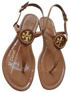 f91b1df259bd Beige Tory Burch Sandals - Up to 90% off at Tradesy