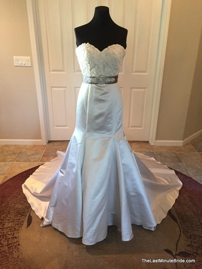David Tutera for Mon Cheri Ice Lace and Tulle 213242 Modern Wedding Dress Size 6 (S)