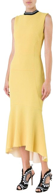 Item - Yellow Breakers Fit and Flare Mid-length Formal Dress Size 4 (S)