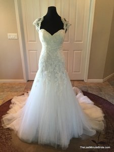 Pronovias Lany Wedding Dress