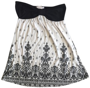 Charlotte Russe Top Black, White, Paisley