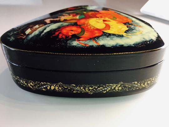 RUSSIAN ARTIST PERFECT CONDITION-COLLECTOC'S DREAM- SIGNED PALEKH LACQUERED BOX