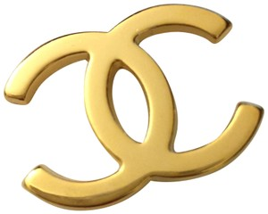 """Chanel CHANEL Classic Gold Toned Metal CC Logo Emblem from Hanger 1.25"""""""