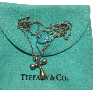 Tiffany & Co. Tiffany & Co / Elsa Peretti Platinum Mini CROSS Pendant with 16