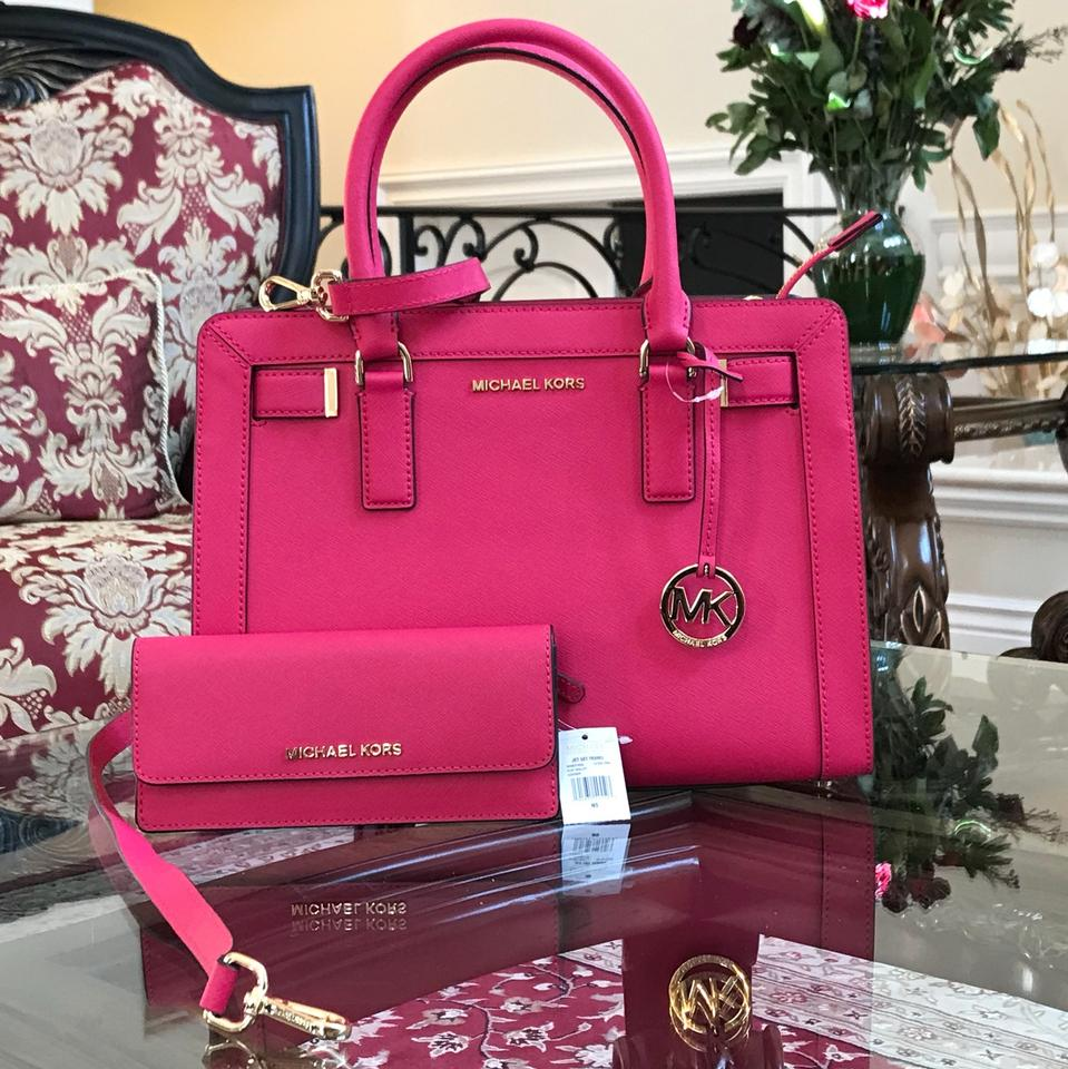 5271612da3 Michael Kors Dillon Crossbody Strap Electric Blue Medium Leather Satchel in  ultra pink Image 0 ...