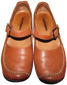 Hush Puppies Brown Flats