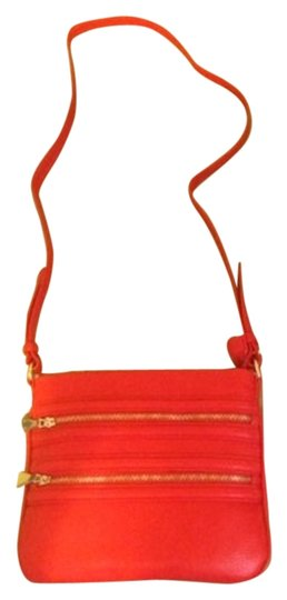 Preload https://img-static.tradesy.com/item/2298982/liz-claiborne-zipper-red-faux-leather-cross-body-bag-0-0-540-540.jpg
