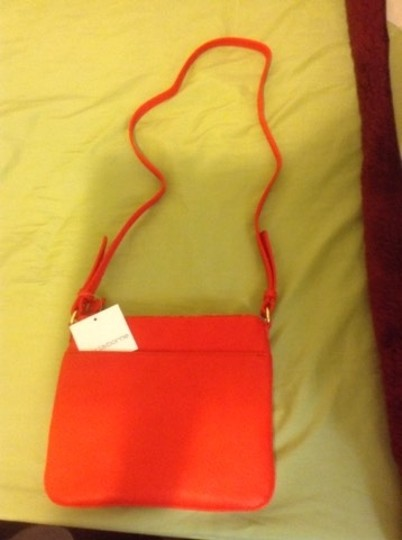 Liz Claiborne Cross Body Bag Image 1