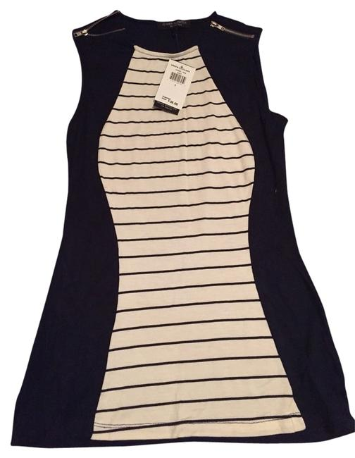 Preload https://item5.tradesy.com/images/green-envelope-navy-tank-topcami-size-4-s-2299094-0-0.jpg?width=400&height=650