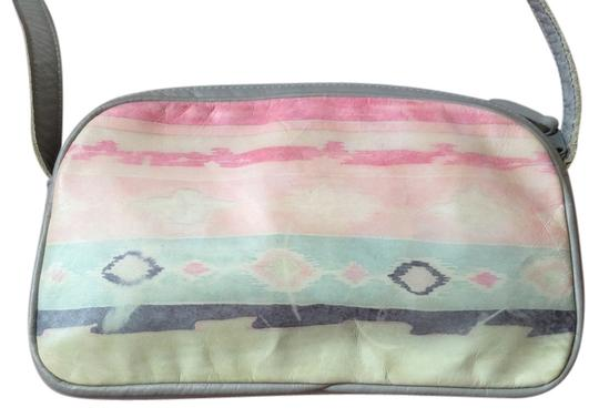 Preload https://img-static.tradesy.com/item/2299263/evan-picone-pink-and-white-painted-grey-with-bright-colors-vintage-leather-shoulder-bag-0-0-540-540.jpg
