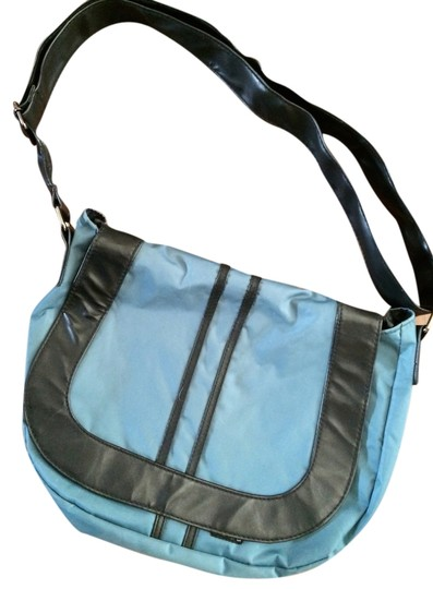Kavu Sporty Cross Body Bag