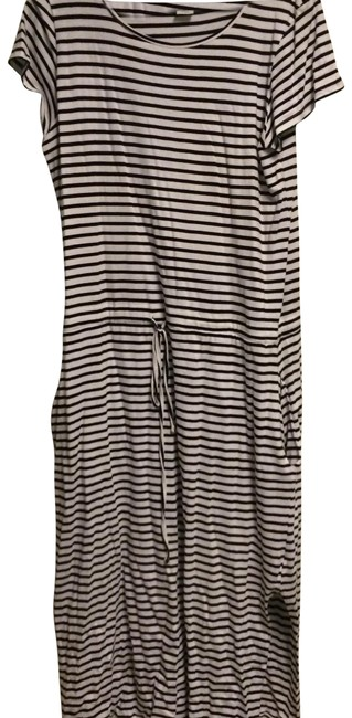 Preload https://img-static.tradesy.com/item/22992881/3j-workshop-white-black-pocket-long-casual-maxi-dress-size-16-xl-plus-0x-0-1-650-650.jpg