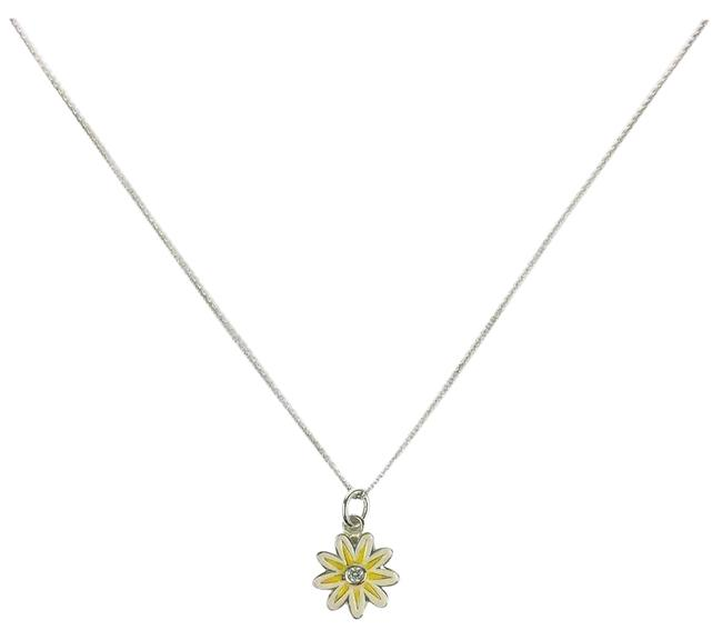 Item - Multicolor Silver Yellow White Daisy Necklace