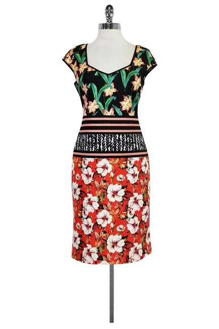 Preload https://img-static.tradesy.com/item/22993233/clover-canyon-multicolor-floral-print-fitted-short-casual-dress-size-8-m-0-0-650-650.jpg
