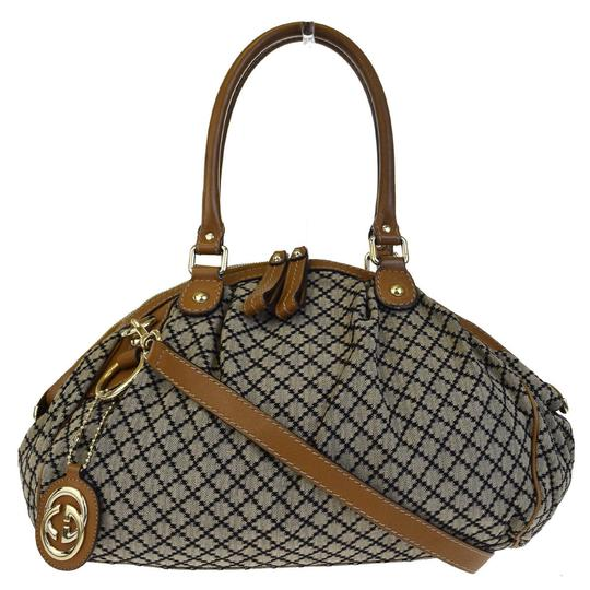 Preload https://img-static.tradesy.com/item/22993316/gucci-diamante-shoulder-italy-brown-canvas-leather-tote-0-0-540-540.jpg
