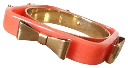 Preload https://item5.tradesy.com/images/ted-baker-bow-bangle-2299349-0-0.jpg?width=440&height=440