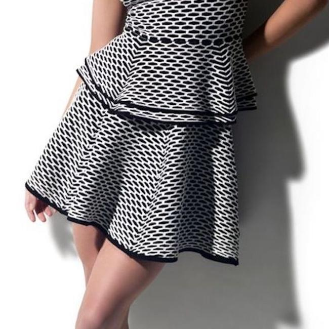 INTERMIX Going Out And Fun Mini Skirt Black & White