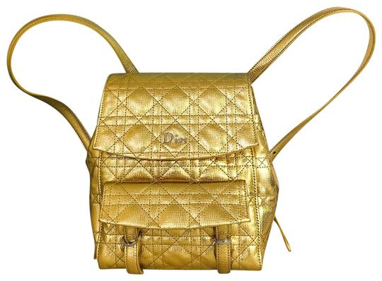 Preload https://img-static.tradesy.com/item/22993858/dior-quilted-stardust-small-gold-leather-backpack-0-1-540-540.jpg