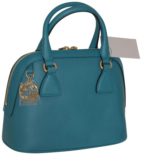 Preload https://img-static.tradesy.com/item/22994030/gucci-pebbled-pouch-new-trademark-logo-purse-soft-pink-cobalt-leather-shoulder-bag-0-1-540-540.jpg