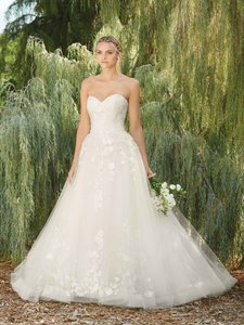 Casablanca Ivory Butterfly Lace Appliques On Tulle with Horsehair Trim Style 2267 Morning Glory Feminine Wedding Dress Size 4 (S)