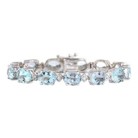 Preload https://img-static.tradesy.com/item/22994337/blue-3575-carat-natural-aquamarine-14k-white-gold-diamond-bracelet-0-0-540-540.jpg