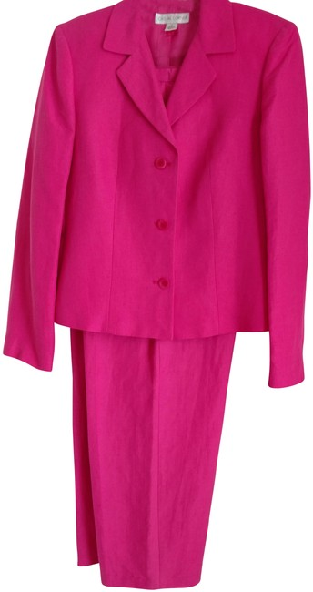 Preload https://img-static.tradesy.com/item/22994465/casual-corner-bright-pink-linen-rayon-pant-suit-size-12-l-0-1-650-650.jpg