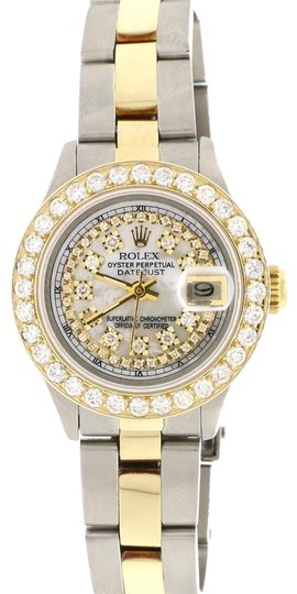 Preload https://img-static.tradesy.com/item/22994478/rolex-datejust-ladies-2-tone-26mm-oyster-w-mop-diamond-dial-and-130ct-bezel-watch-0-1-540-540.jpg