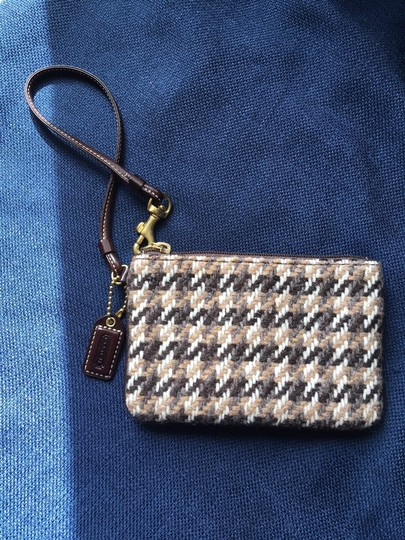 Coach Houndstooth Wristlet in brown and beige