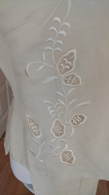 Sweet Life Sweet Life Beige Embroidered Sleeveless Pant Suit