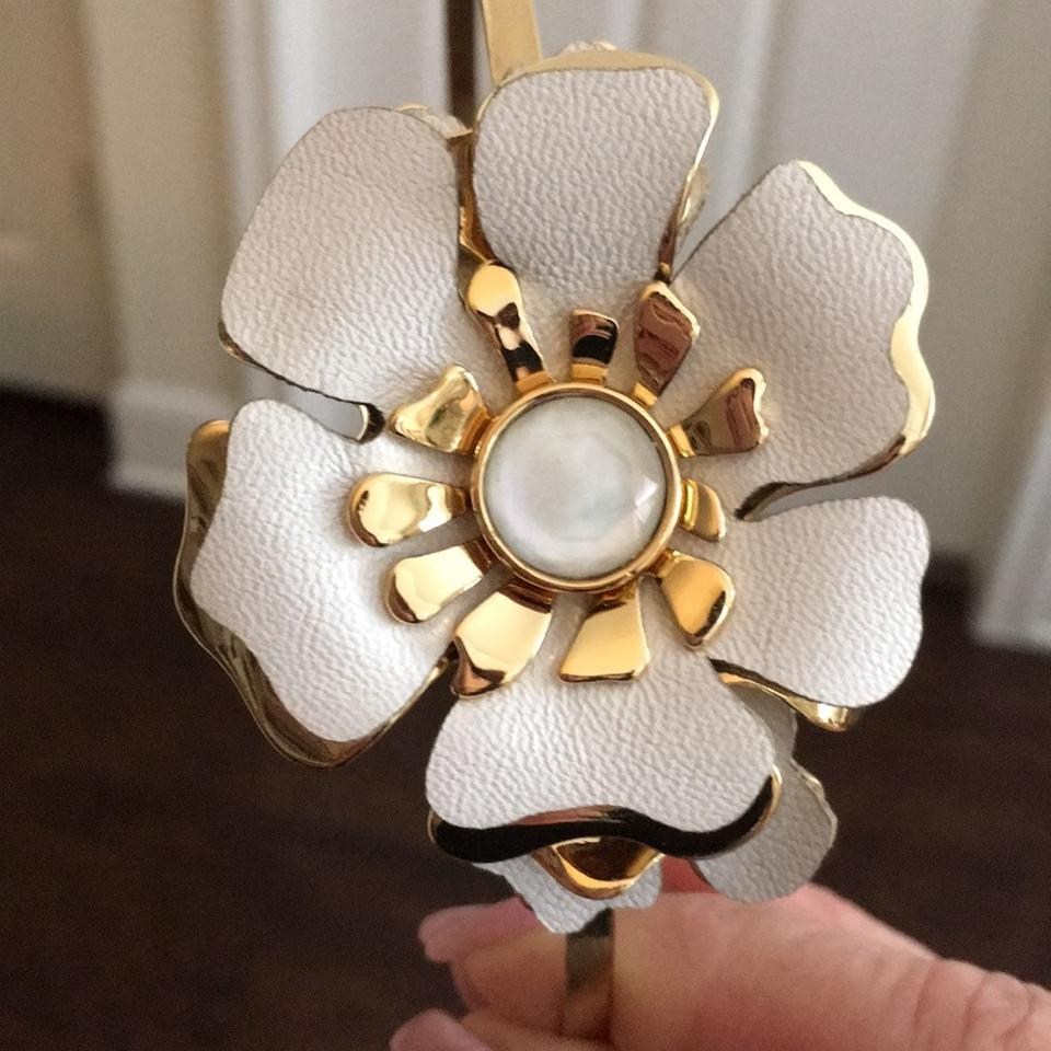 Henri Bendel Gold Plated And White Leather Floral Headband Hair