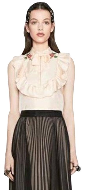 Preload https://img-static.tradesy.com/item/22994677/gucci-white-silk-embroidered-flower-twill-ruffle-neck-blouse-size-6-s-0-3-650-650.jpg
