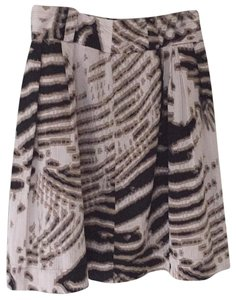 Worthington Skirt multi colors of black, beiges, and light cream