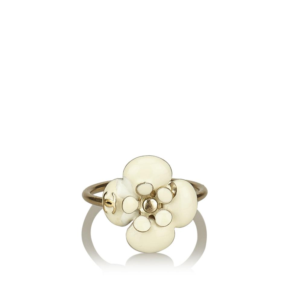 rings gripoix chanel ring pearl cc camellia gold pink