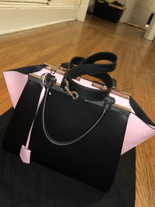 Fendi Tote in Black X BUBBLEGUM