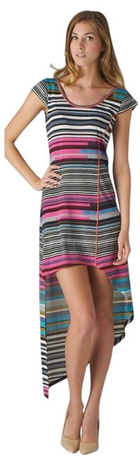 Preload https://img-static.tradesy.com/item/2299657/esley-multicolor-assymetrical-striped-high-low-short-casual-dress-size-8-m-0-0-650-650.jpg