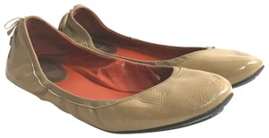 Cole Haan taupe Flats