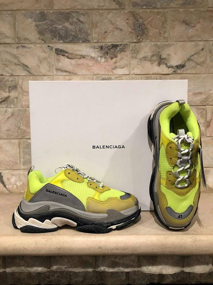 BALENCiAGA TRiPLE S BLACK CLEAR SOLE UNBOXiNG