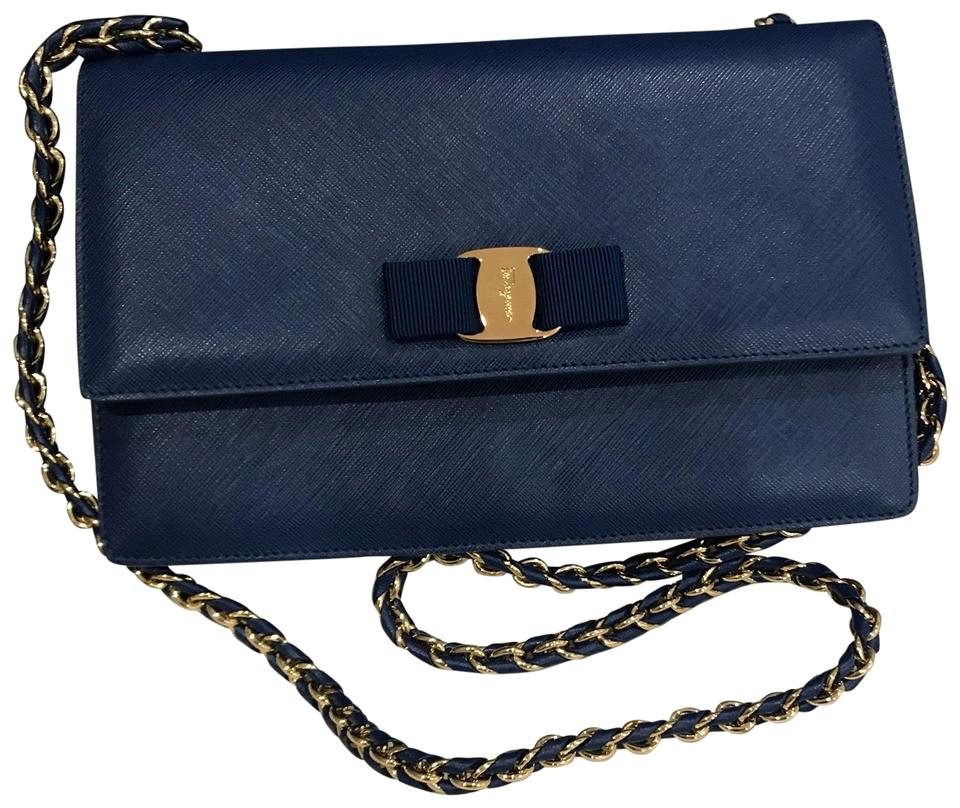 14db84a31cd5 Salvatore Ferragamo New Ginny Medium Vara Flap Blue Leather Shoulder ...