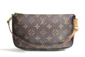 Louis Vuitton Lv Lv Speedy Lv Pochette Pochette Accessories Shoulder Bag