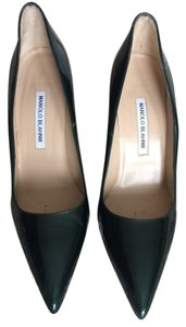 Manolo Blahnik metallic green Pumps