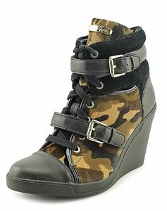 Michael Kors Size 8 Camo Print Leather High Top Olive/Black Wedges