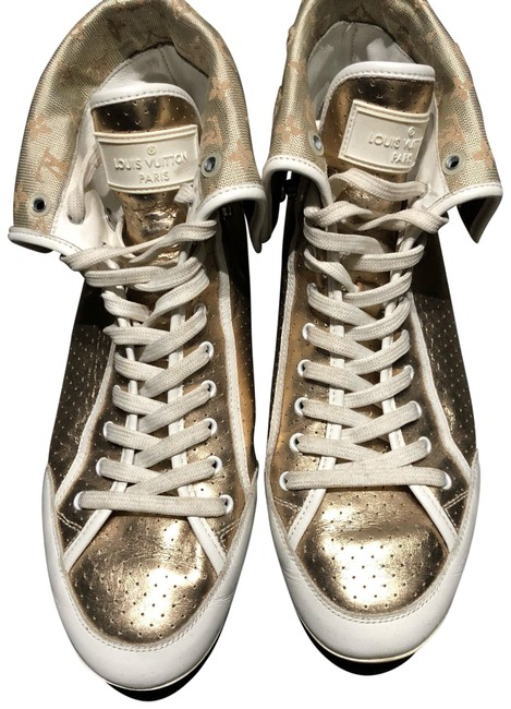 Item - Gold and White High Tops Sneakers Size EU 37.5 (Approx. US 7.5) Regular (M, B)