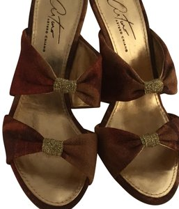 Arturo Chiang Sexy Sandals Running Small Size 5-5.5 neutrals Pumps